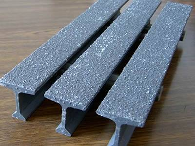 It is one piece of pultruded fiberglass grating with gritted surface, the bar type is T bar.